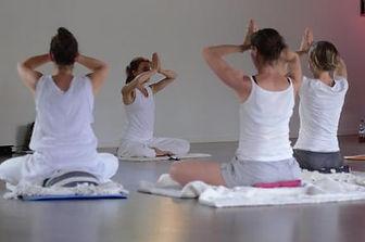yoga-medaillon-4-e919899.jpg