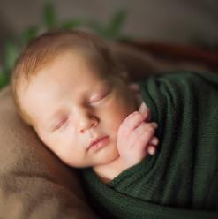 Newborn_Cullen_05.jpg