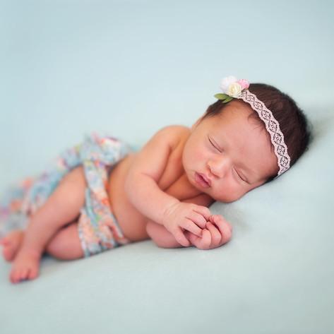 Riria Newborn_05.jpg