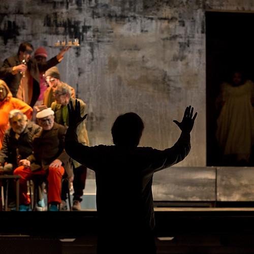 Řecké pašije v Moravském divadle v Olomouci. Režie J. A. Pitínský