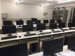 realizzazione aula informatica.jpg
