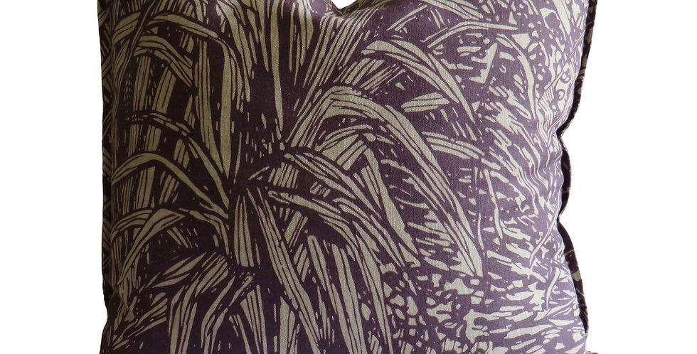 Jungle Plum Linen - 55 x 55 cushion