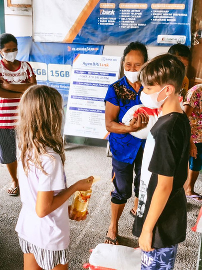 bali food aid.jpg