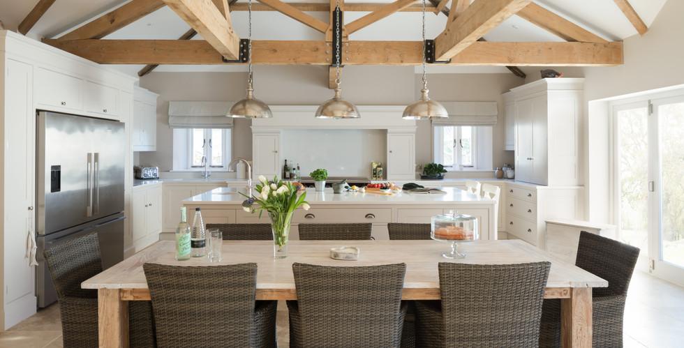 Barn kitchen 2.jpg