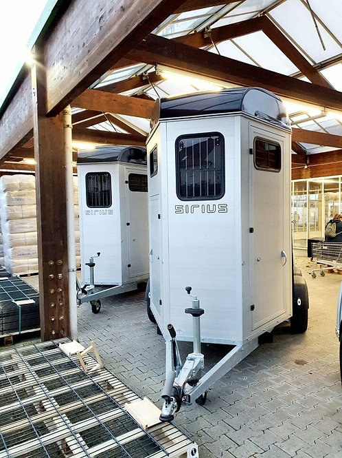 Pferdeanhänger Sirius S80 ALU Vollausstattung Modell 2021 Sofort