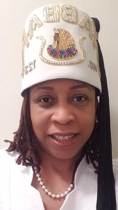 Dt. Lisa Charles