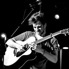 Luca Fiore - Guitar Vocalist