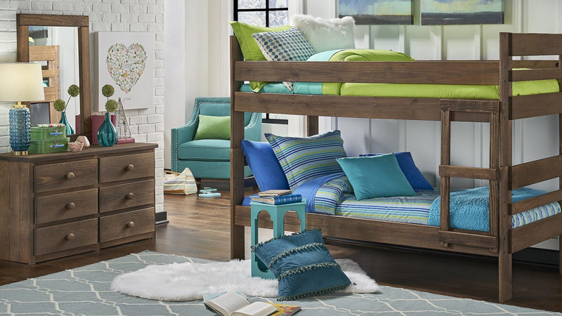 CHESTNUT TWIN/TWIN BUNK BED