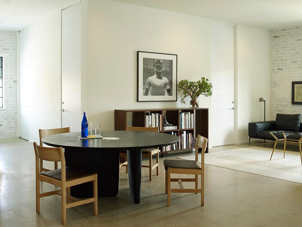 2301 Westheimer-Table-141.jpg
