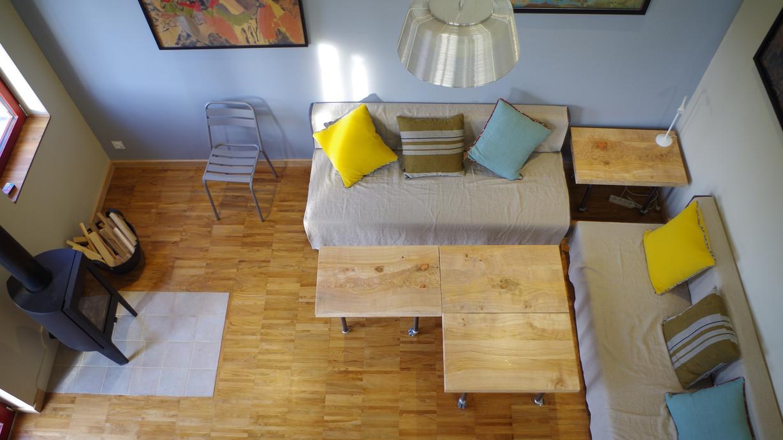 Salon avec meubles mobiles