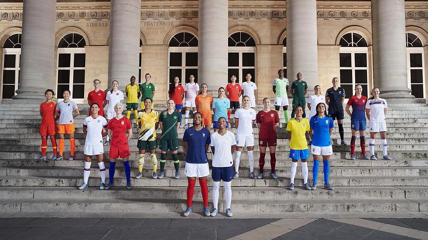 Nike-National-Team-Kit-Group-Paris-Elain