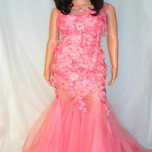 TULLE AND LACE PETAL DRESS WITH NECKLINE EMBELLISHMENT