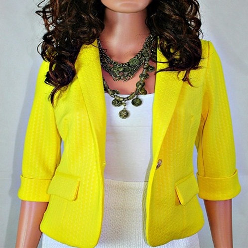 SHORT SLEEVE BLAZER W/FAUX FRONT POCKETS AND FLAPS