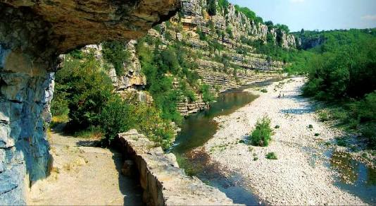 Labeaume rivière ardèche voyage