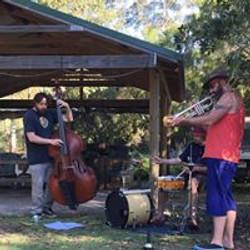 Dixie trio in the park