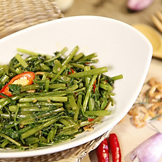 蝦醬空心菜  80  /  辣炒空心菜  75