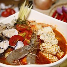 酸辣海鮮湯  /  酸辣蝦湯  大 170  小 90