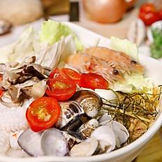 海鮮清湯  大 150  小 80