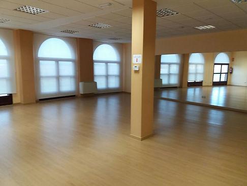 Salas de baile del recinto ferial de Iscar
