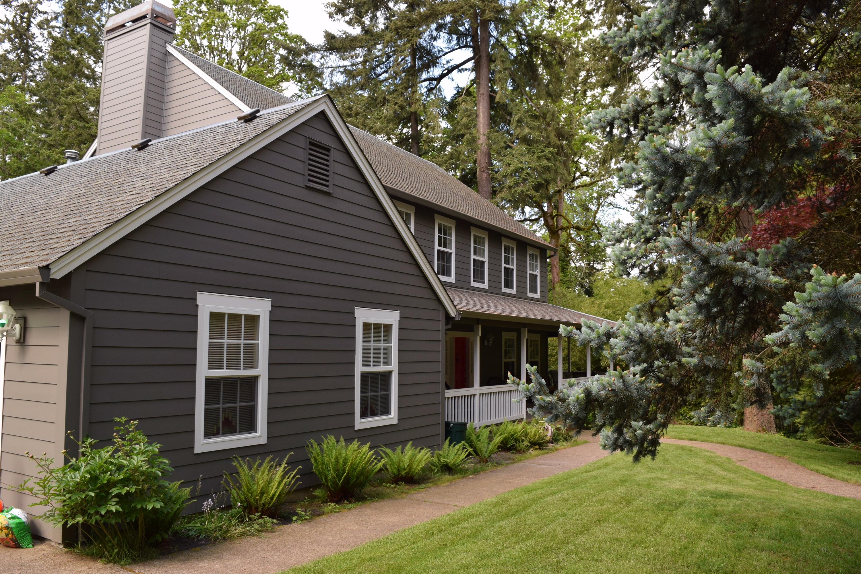 Siding replaced on Lake Oswego house