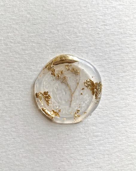 Glue Seal + Dried Flowers & Gold Leaf