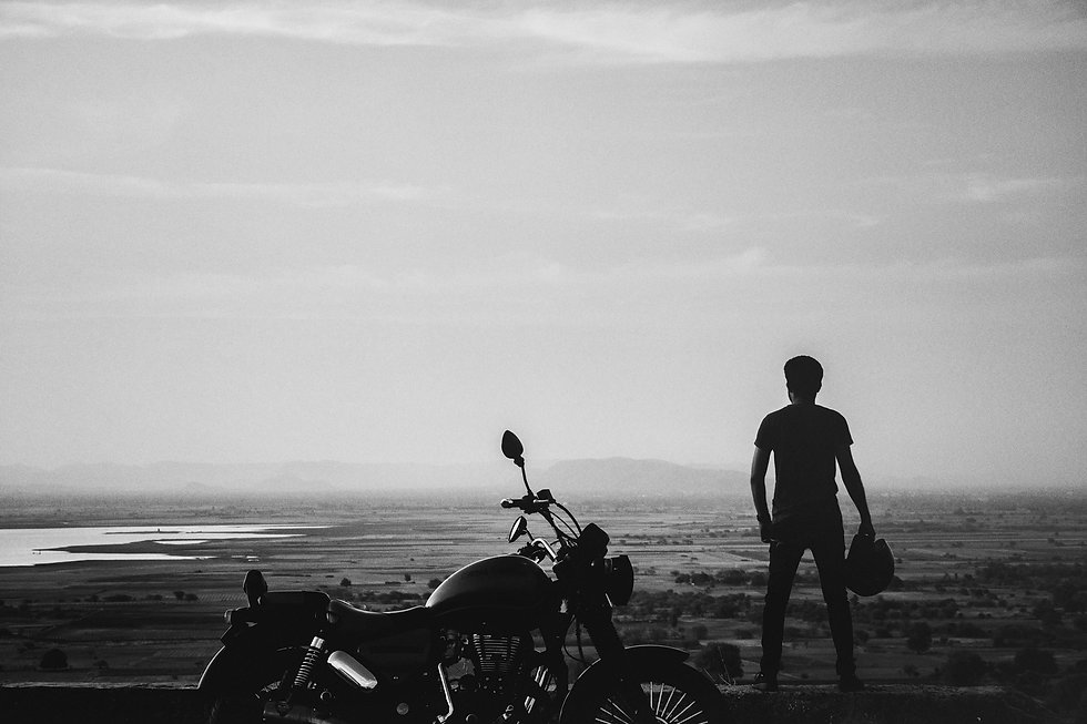 MAN-HORIZON-BIKE-B+W.jpg