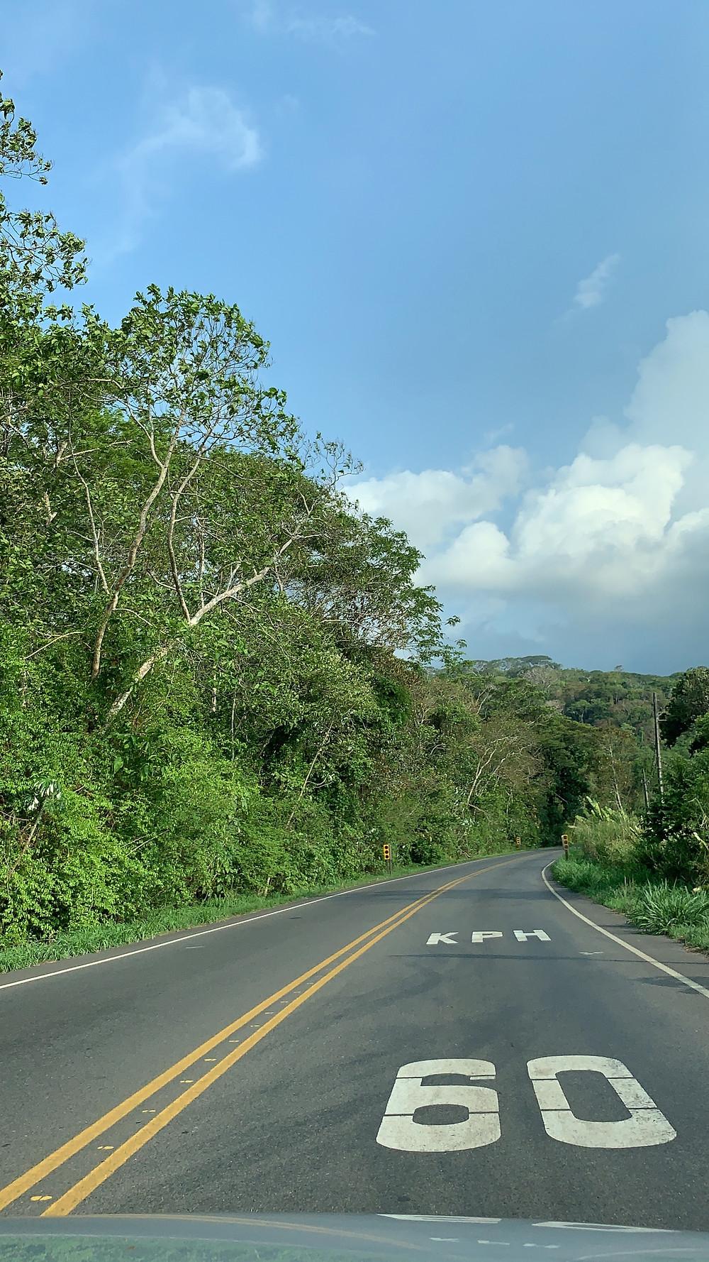 San Joseve Uvita arasındaki yol