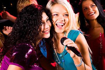 Equipo para fiestas en Querétaro. Karaoke Profesional