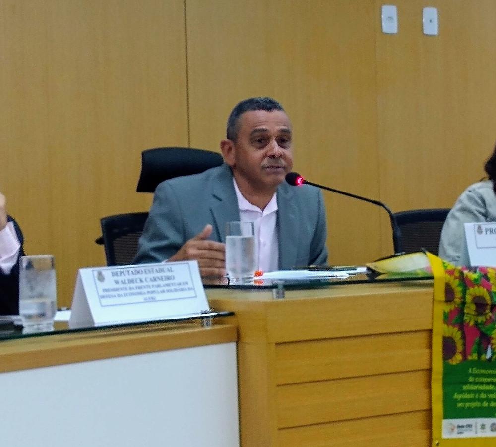 Professor Paulo preside a audiência/Foto: Divulgação