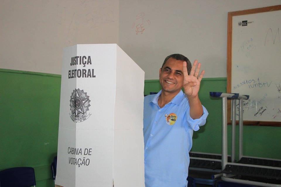 Marlos é pré-candidato a deputado federal.
