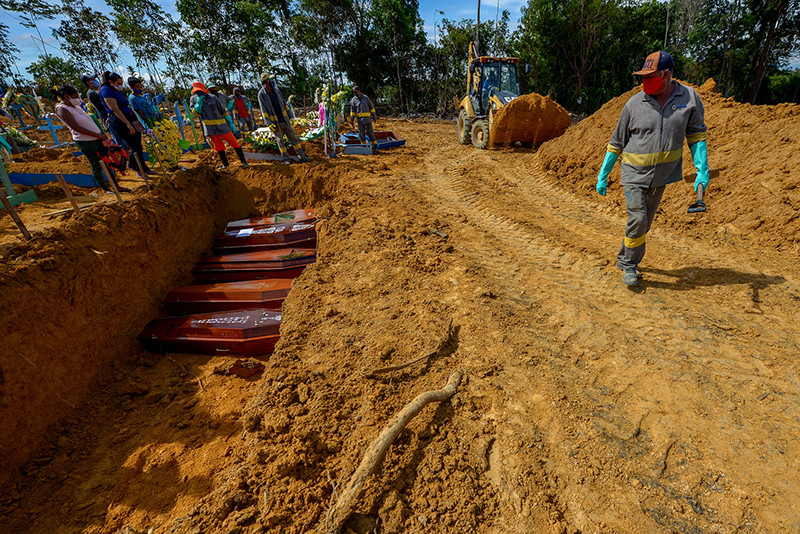 Cemitério Público Nossa Senhora Aparecida, em Manaus (Foto: Alex Pazuello/Semcom Manaus/Fotos Públicas)