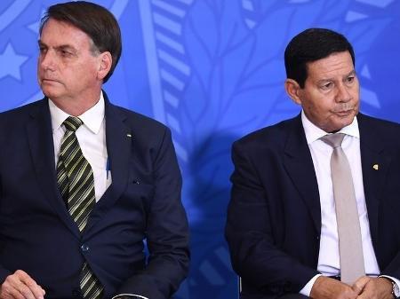 Mourão diz que Bozo errou na pandemia e critica interrupção do auxílio emergencial
