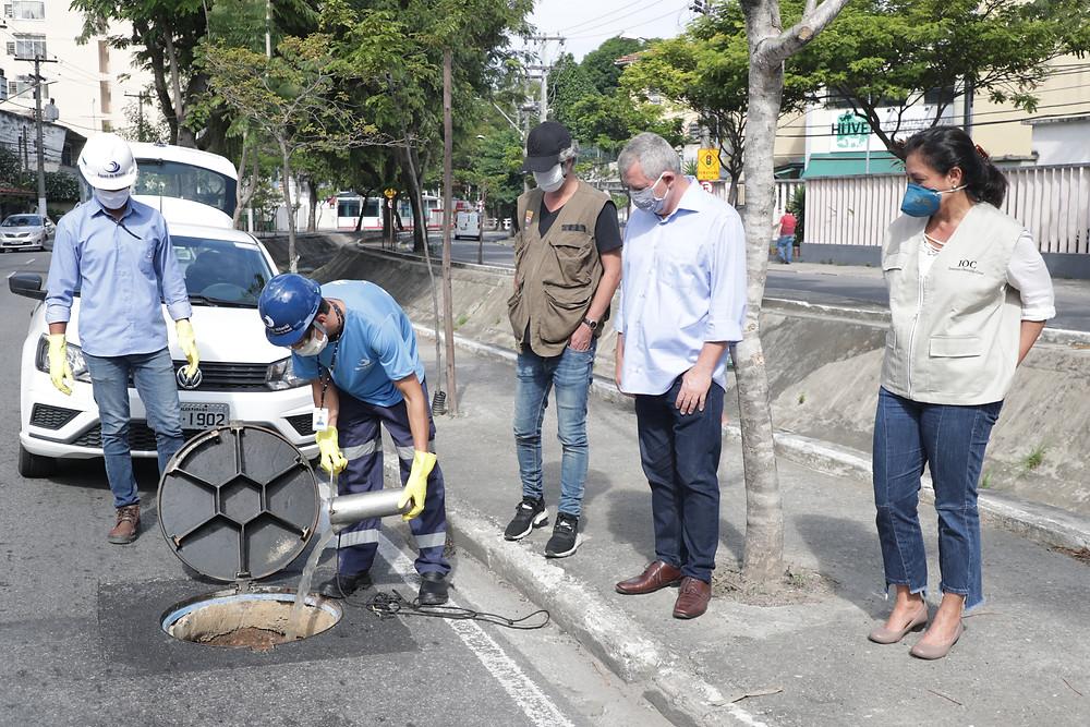 Técnicos da Águas de Niterói auxiliaram os trabalhos/Foto: Divulgação