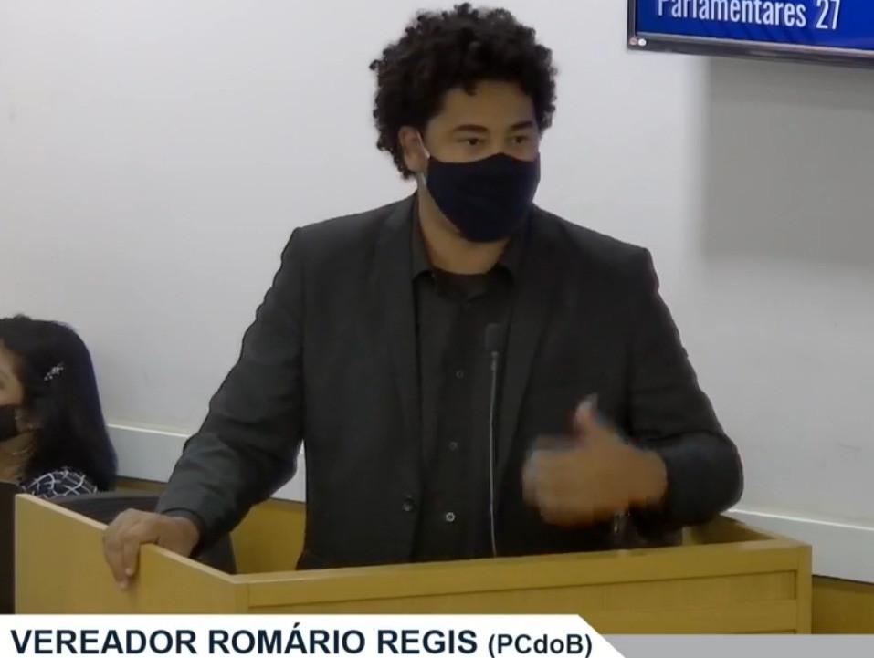 Romario Regis fez o que se espera de um parlamentar: política. Articulou com autoridades niteroienses e conseguiu amenizar restrições impostas pelas barreiras sanitárias