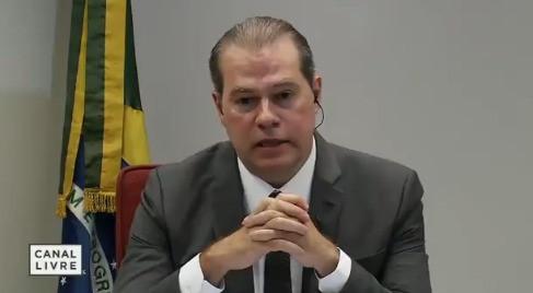 """O ministro falou em """"furo"""" aos jornalistas/Foto: Reprodução"""