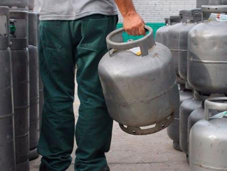 Faz arminha: preço do gás de cozinha acumula mais de 20% de alta no ano