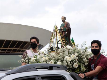 Missa de São Pedro reúne fiéis em Jurujuba