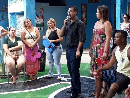 'Cambada' no Catarina: Erick Bernardes recebe homenagem da escola Aída Vieira