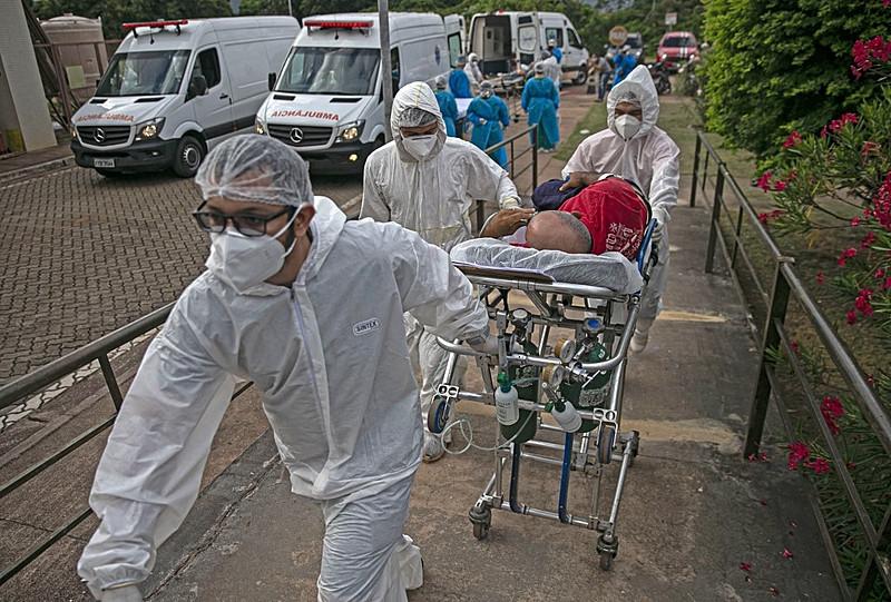 Brasil é o segundo no mundo com mais mortes pela covid-19 - Tarso Sarraf / AFP