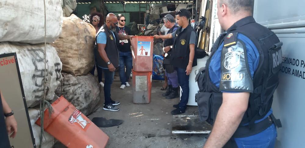 Ação ocorreu em galpão de estoque de material para reciclagem/Foto: Divulgação