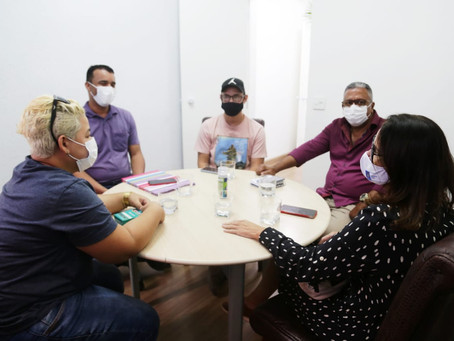 Representantes LGBTQI+ de São Gonçalo são recebidos na Prefeitura