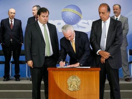 Governo corrupto aprofunda golpe e decreta intervenção militar no Rio