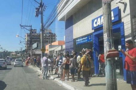 De fila em fila o gonçalense padece, por Mário Lima Jr.
