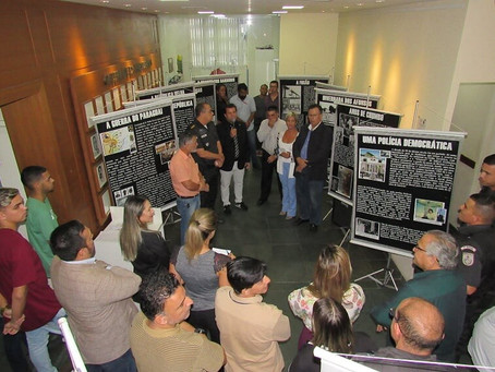 Câmara instala exposição sobre 7º BPM em celebração aos 210 anos da Polícia Militar