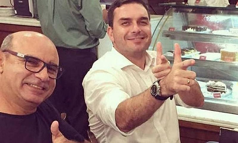 Advogado da família Bolsonaro declarou à imprensa que não sabia do paradeiro de Queiroz / Foto: Reprodução/Internet