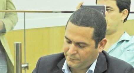 Almeida vai 'perder' entre R$ 50 e 100 mil com advogado de Cabral