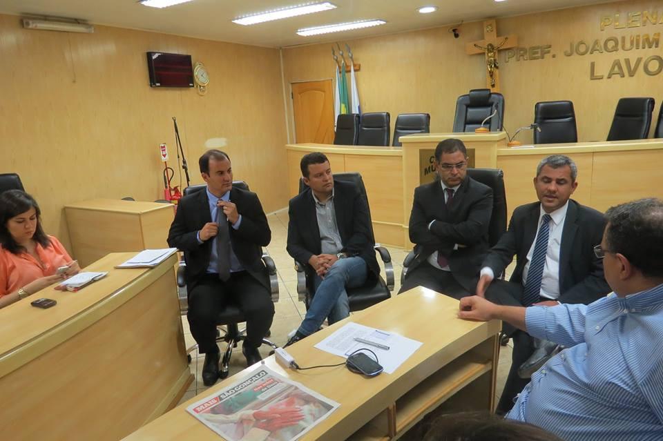 Renata Neme (MP) e vereadores Diego São Paio, Alexandre Gomes, Marco Rodrigues e Marlos Costa