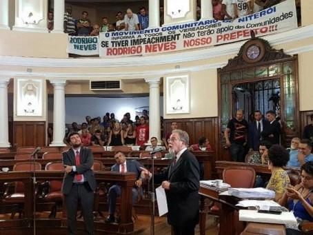 Vereadores de Niterói barram impeachment de Rodrigo Neves