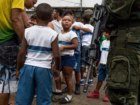 Há inocentes na favela, por Mário Lima Jr.