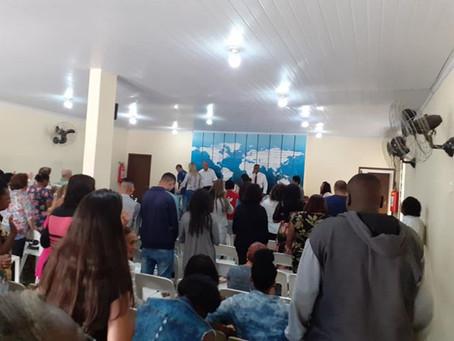 Igrejas reabrem em São Gonçalo. O Corona agradece...
